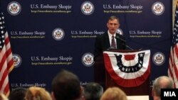 Архивска фотографија: Амбасадорот на САД во Македонија Пол Волерс.