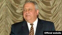 Микола Багров