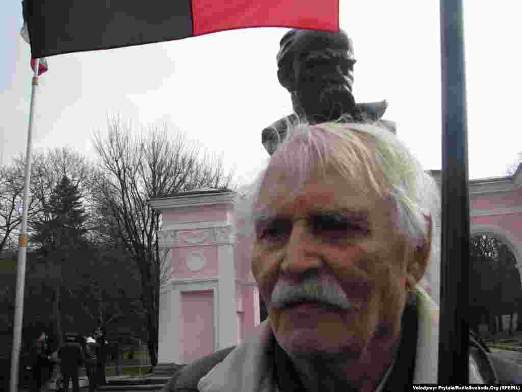 Ветеран УПА Владимир Чермошинцев участвует в мероприятиях ко дню рождения Тараса Шевченко, 9 марта 2013 года