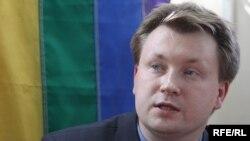 Мікалай Аляксееў на прэсавай канфэрэнцыі ў Менску, травень 2010.