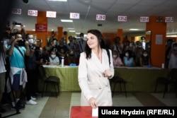 Opposition candidate Svyatlana Tsikhanouskaya votes at a polling station in Minsk's Vostok district on August 9.