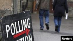 Не все желающие успели проголосовать на вчерашних выборах.