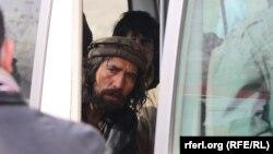 چندین معتاد توسط مقامات وزارت صحت عامه در شهر کابل برای مراقبت و درمان جمعآوری شدند