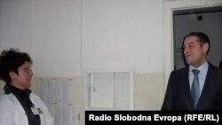 Министерот за здравство Никола Тодоров во посета на битолската болница