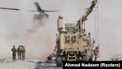 Нападот на конвој на НАТО силите во Кандахар.