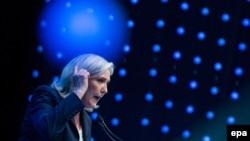 Марин Ле Пен на конференции европейских радикальных популистов в Австрии, 2016 год