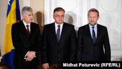Članovi Predsjedništva: Dragan Čović (L), Mladen Ivanić (S) i Bakir Izetbegović (D)