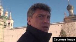 Ресейлік оппозицияшыл саясаткер, қастандықтан қаза тапқан Борис Немцов.
