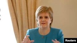Nicola Sturgeo, prva ministrica Škotske