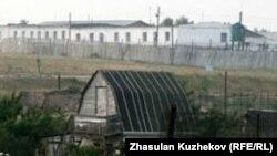 Ақмола облысының Гранитный ауылындағы түрменің сырт көрінісі. Көрнекі сурет.