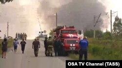 Эвакуация жителей после взрывов на складе боеприпасов вблизи российского города Ачинска. 5 августа 2019 года.