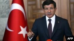 احمد داووداوغلو، نخستوزیر ترکیه