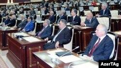 Arxiv foto, Azərbaycan parlamenti