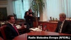 Архивска фотографија: Премиерот Никола Груевски се сретна со лидерот на ДУИ Али Ахмети во Владата на Република Македонија во Скопје на 7 декември 2012 година.