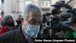Călin Popescu Tăriceanu este acuzat de luare de mită în valoare de 800.000 de euro