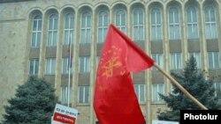 Протестующие у здания Конституционного суда, 12 января 2010 г.