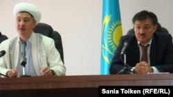 Атирау вилоят суди судяси Жахсилик Аланов вилоят имоми Нурбек Хажи Эсмагамбет билан.