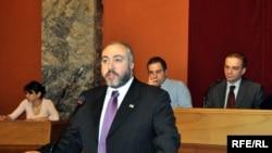 Թեմուր Յակոբաշվիլին ներկայացնում է կառավարության մշակած ռազմավարությունը, Թբիլիսի, 24-ը դեկտեմբերի, 2009