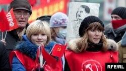 Коммунистлар партиясе оештырган чаралар Русиянең күп шәһәрендә үтте
