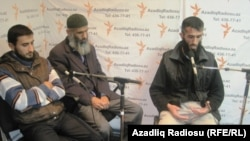 Mustafa Kazimov (left), Abakir Qazıyev (center), and Allahyar Yusubov discuss their plight in RFE/RL's Baku Bureau.