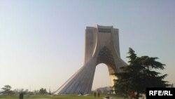 Tehranda Azadlıq Meydanı, 2009