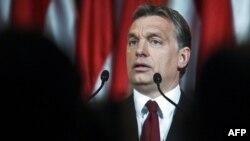Унгарскиот премиер Виктор Орбан спроведе контроверзни уставни реформи.