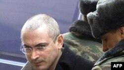 """Михаил Ходорковский намерен """"в простых и понятных выражениях"""" рассказать о том, как все было на самом деле"""