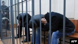 Борис Немцовдун өлүмүнө шектүүлөр Москванын Басман сотунда