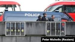 Полиция на Лондонском мосту, 29 ноября 2019 года