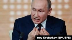 Președintele rus Vladimir Putin în timpul conferinței de presă, 19 decembrie 2019.