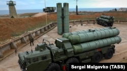 A Russian S-400 air-defense system