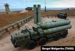 Российский ЗРК С-400.