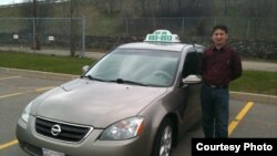 Канадада такси айдап күнелтіп жүрген өзбек азаматы. Көрнекі сурет