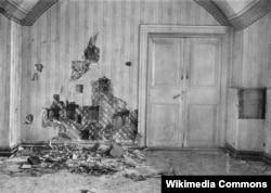 Подвал дома Ипатьева в Екатеринбурге, где была расстреляна царская семья