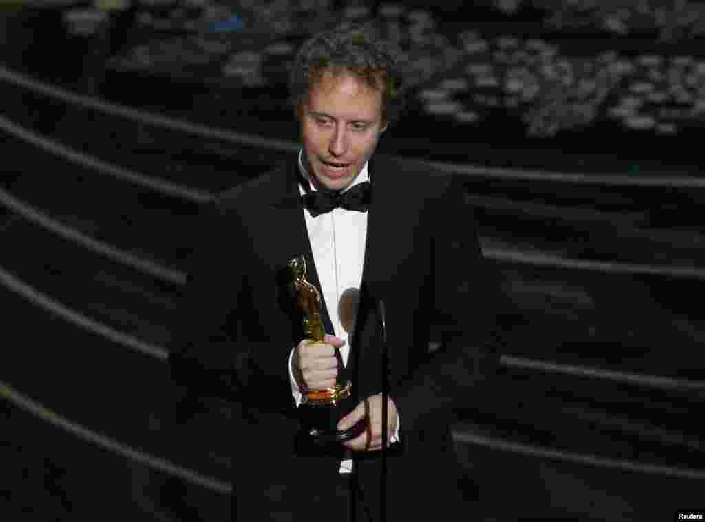 Угорський режисер Ласло Немеш із «Оскаром» за кращий фільм іноземною мовою. Премія за стрічку «Син Шауля»