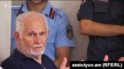 Վահան Շիրխանյանը դատարանի դահլիճում, արխիվ: