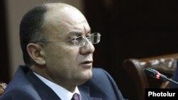 ՀՀ պաշտպանության նախարար Սեյրան Օհանյան, արխիվ