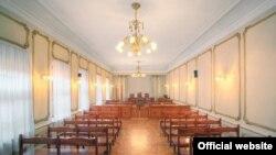 На следующее заседание суд соберется только через десять дней, когда истечет срок, в течение которого его решение может быть обжаловано в президиуме Верховного суда Республики Абхазия