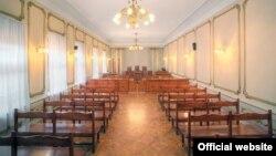 Коллегия Верховного суда восстановила истцу – Тамаре Меаракишвили – процессуальный срок для подачи кассационной жалобы на решение Ленингорского райсуда, признавшего ее увольнение с работы законным