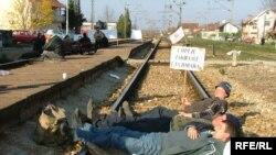 """Železnica Srbije pretrpela dnevnu štetu od deset miliona dinara zbog blokade pruge od strane radnika preduzeća """"Prvi maj"""" Lapovo"""