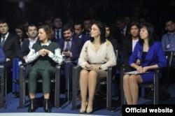 Светлана Ярлыченко (в центре) на расширенном заседании республиканского совета по предпринимательству. Фото: president.tatar.ru