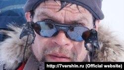 Иркутянин Владислав Лачкарев во время одного из восхождений