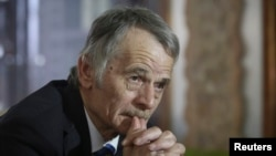 Crimean Tatar leader Mustafa Dzhemilev was due to brief the Security Council on the situation for minorities in Crimea.