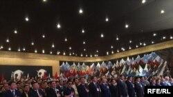 Кыргызстан социал-демократтар партиясынын курултайында. 31.07.2016.