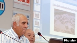 Директор научно-исследовательского центра при Министерстве культуры Армении Акоп Симонян