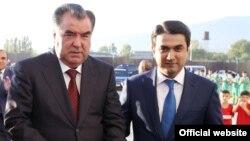 Тажик президенти Эмомали Рахмон уулу Рустам Рахмон менен, 25.12.2015