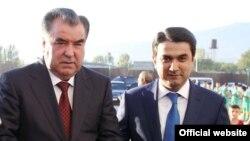 Эмомали Рахмон с сыном Рустами Эмомали