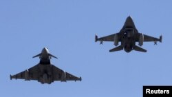 Two F-16 fighter jets