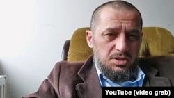 Bloggerul cecen Imran Aliyev (captură YouTube)