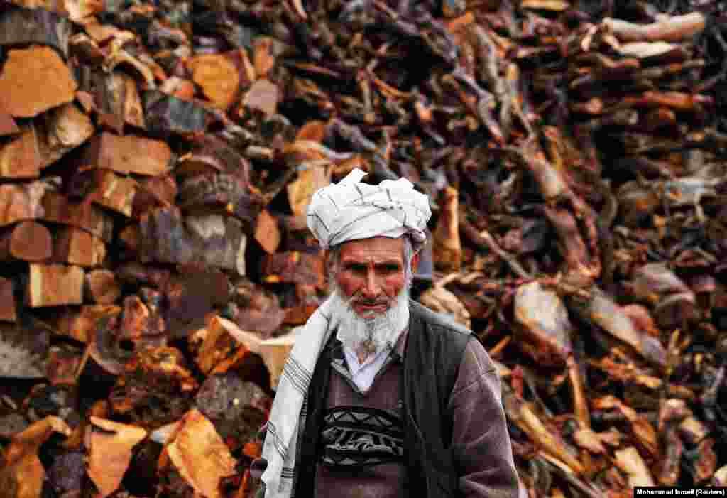 Прадавец дроваў у Кабуле.